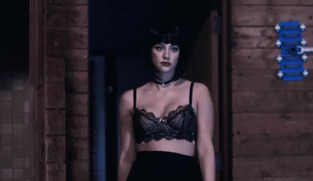 Eye Hate Heels » Riverdale Fashion: Season 1 Episode 3