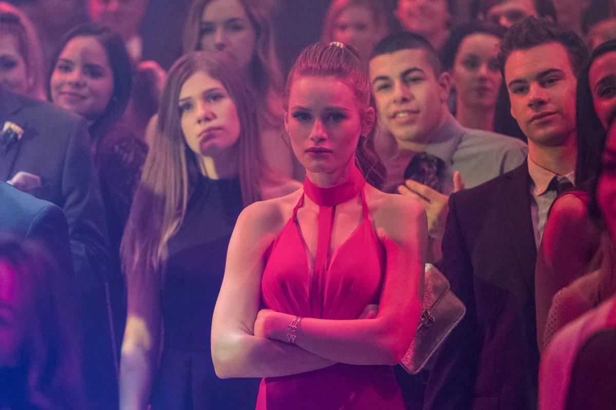 Riverdale Fashion: Season 1 Episode 11