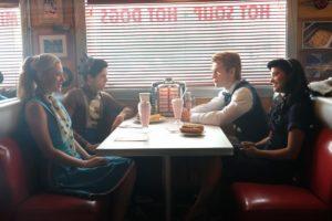 Riverdale Fashion: Season 2 Episode 2