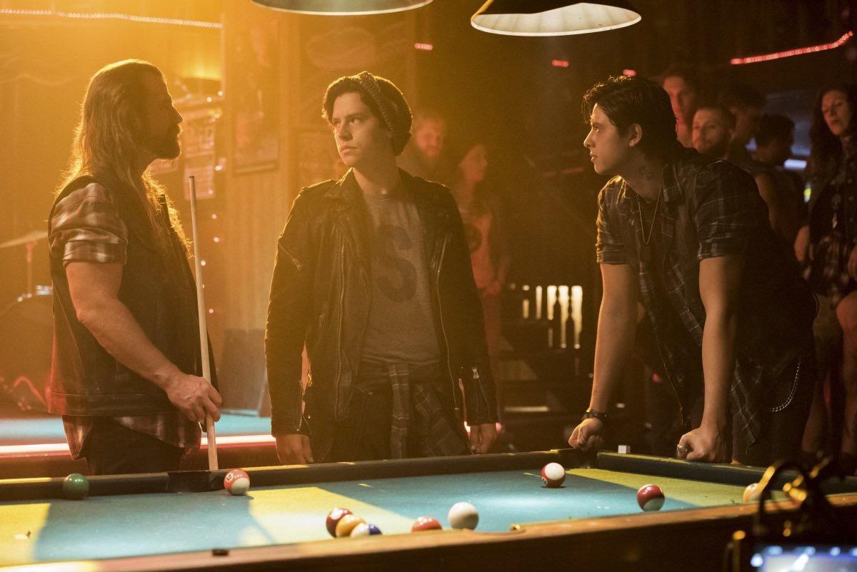 Riverdale Fashion: Season 2 Episode 5