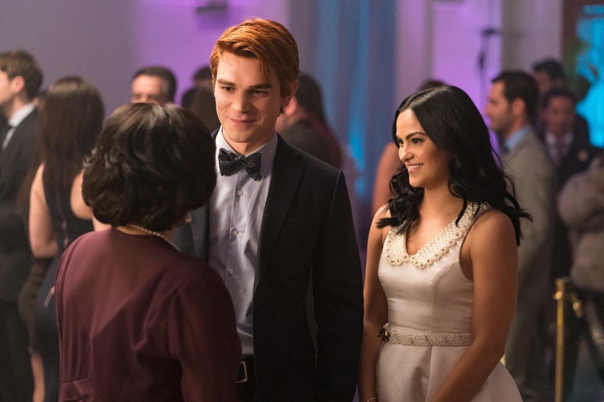 Riverdale Fashion: Season 2 Episode 12